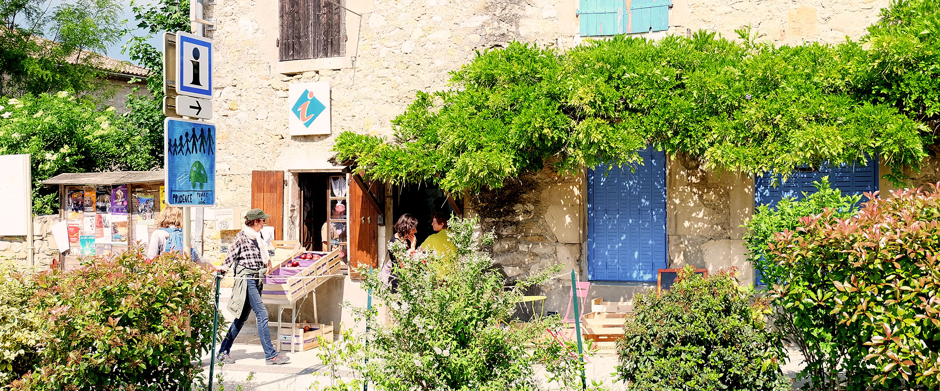 Slideshow 06 Village De Salavas En Ardeche